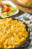 Pan baked mac and cheese — Stockfoto