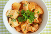 Chicken and potatoes stew with parsley — Stock Photo