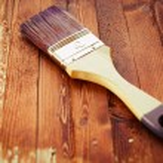 Single brush on brown wood — Stock Photo #49902819