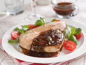 Grilled tuna steak — Stock Photo