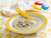 Pureed vegetables soup with chicken — Stock Photo