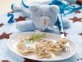 Ravioli pasta gevuld met vlees — Stockfoto