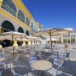 Outdoor cafe and brewery in old Havana plaza — Stock Photo #48157609