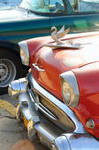 Vintage classic american car Chevorolet. HAVANA - 26 OCT, 2008. — Foto de Stock