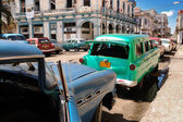 Oldtimers in Old havana street — Stock Photo