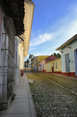 Tropical street in Trinidad town, cuba — Stockfoto