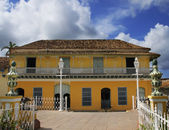 Tropical house in Trinidad, cuba — Stock Photo