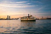 Ferry touring Ontario lake — Stock Photo