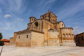 Full view of Toro romanesque collegiate church  — Stock Photo