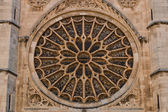 Main rose window of Leon gothic cathedral in Spain — Stock Photo