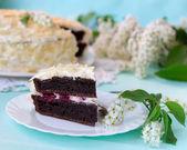 Bird-cherry flour homemade cake with cherries. — Stock Photo