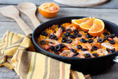 Tradition Seafood Spanish Paella in authentic iron pan — Zdjęcie stockowe