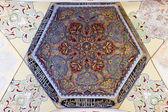 Interiör bild av en kupol från uc serefeli moskén gård, edirn — Stockfoto