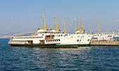 Feribot tekne — Stok fotoğraf