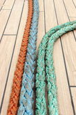 Closeup of colorful thick ropes on sailboat — Stock Photo