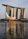 Sunset on the Marina Bay Sands Hotel and Casino, Singapore — Stockfoto