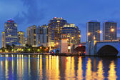 West Palm Beach Skyline at Night — Stock Photo