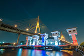 The Bhumibol Bridge (also known as the Industrial Ring Road Brid — Foto Stock