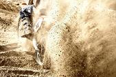 砂の上のモトクロス — ストック写真