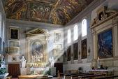 Kirche von sonne beschienen — Stockfoto