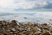 Paesaggio marino con cielo clou — Foto Stock