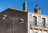 Sokak görünümü carcassonne, fransa. yaz. — Stok fotoğraf