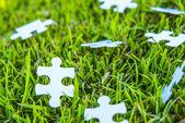 Biały puzzle, niewyraźne — Zdjęcie stockowe
