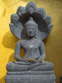 Ancienne sculpture de bouddha — Photo