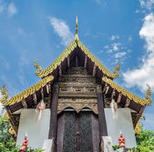 Thai temple with white cloud — Stock Photo