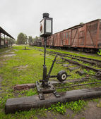 The mechanism of the old switch of moving on a railroad branch — Stock Photo