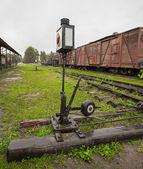 在铁路部门上移动的旧开关的机理 — 图库照片