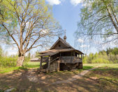 Vasilevo, near Torzhok. Museum of wooden architecture. Mikhail Arkhangel's chapel from Maksimovo's village of the Udomlya area — Stock Photo
