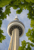 The CN Tower in the modern city of Toronto in Eastern Canada — Stock Photo