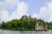 The beautiful Boldt castle on Heart Island in the St Lawrence River between Canada and the USA — Foto Stock