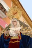 Statue de la Vierge Marie dans la procession de Pâques dans le sud de l'Espagne — Photo