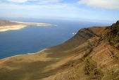 The Mirador Viewpoint on the Volcanic Island of Lanzarote in the Canary Islands — 图库照片