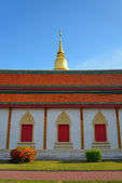 Golden pagoda architecture of northern thailand in temple — Stok fotoğraf