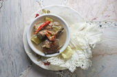 Stew crab with coconut milk dip with fresh vegetables,Thai food — Stock Photo