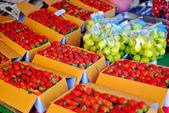 Fresh strawberry in box — Stock Photo