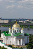 The temple of the Prelate Alexy Moskovsky in Nizhny Novgorod. Sunny day with a set of clouds in the sky. — Stock Photo