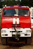 Carros de um serviço de bombeiros do aeroporto de strigino em nizhny novgorod — Fotografia Stock