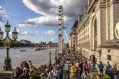 London Big Wheel and Thames River — Photo