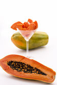 The large-fruited Papaya — Stock Photo