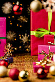 Xmas Background with Gifts, Stars and Spheres — Stockfoto