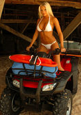 Playboy Model - Tiffany Selby -Two Piece White Bikini - 4 Wheelin' Fun — Stock Photo