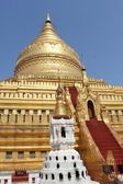 Shwezigon Pagoda, architectural detail — Stock Photo