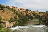 Picturesque landscape of the river in Toledo, Spain — Stock Photo