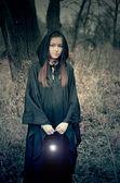Bir lamba ile kız — Stok fotoğraf