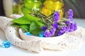 Blumen auf die Spitze-Serviette — Stockfoto