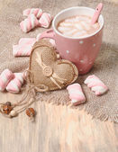 Hot cocoa drink with marshmallows — Foto de Stock